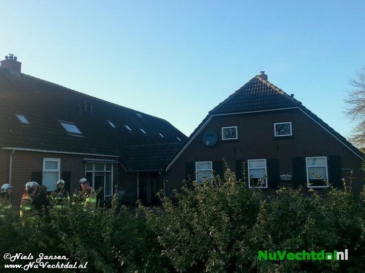 Brand boerderij Hessenweg Dalfsen blijkt loos alarm - Foto: Niels Jansen