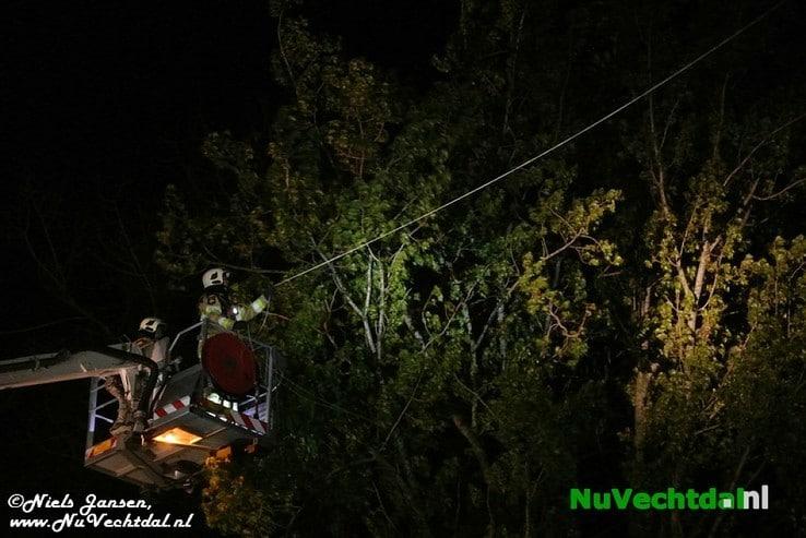 [Video] Bijzondere klus voor brandweer Lemelerveld - Foto: Niels Jansen