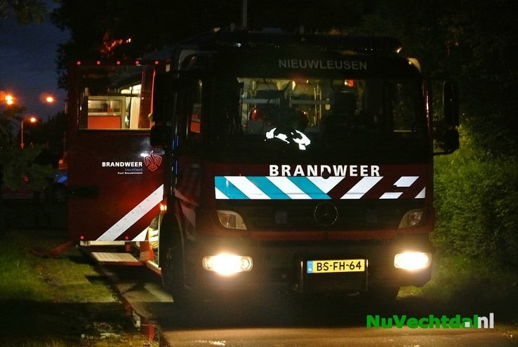 Woningbrand B.H. Spijkersweg Nieuwleusen - Foto: Niels Jansen