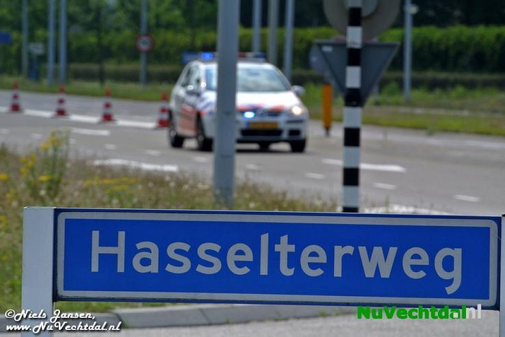 Traumahelikopter bij ernstig ongeval Hasselterweg Zwolle - Foto: Niels Jansen