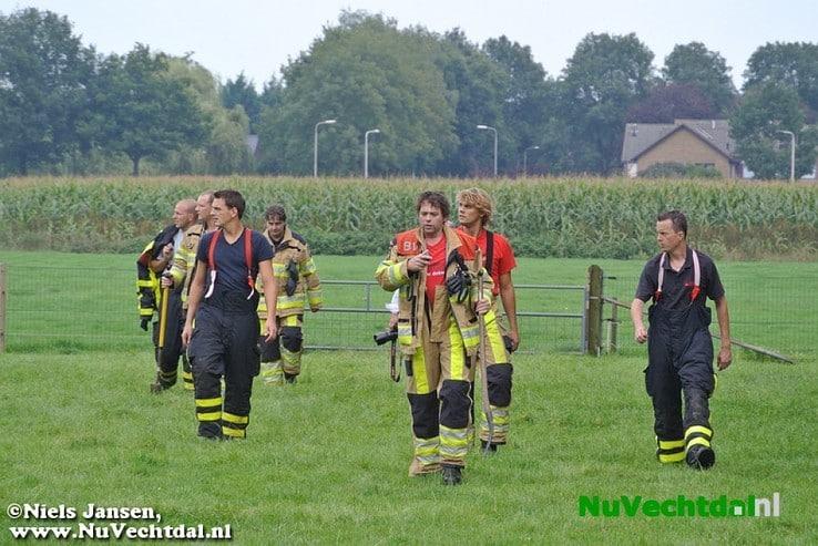 Brandweer in Nieuwleusen rukt uit voor buitenbrand - Foto: Niels Jansen