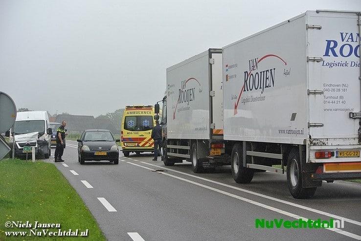 Kop-staart botsing Hessenweg – Westerkampen Dalfsen - Foto: Niels Jansen