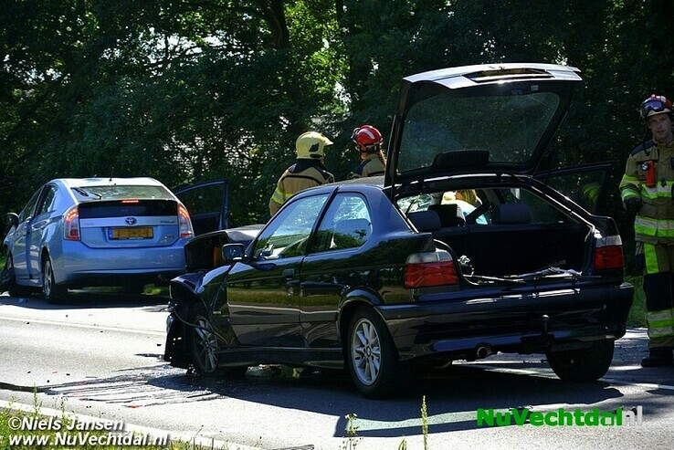 Ravage en meerdere gewonden in Wythmen - Foto: Niels Jansen