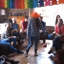 Dalfser jeugd maakt eigen 'Harlem Shake'