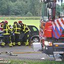 Ongeval auto tegen boom Rechterensedijk Dalfsen